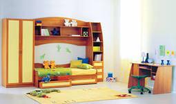 Стенка в детской комнате