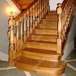 Дубовые деревянные лестницы