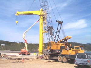 Crane setting last hoist arm